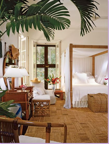 love this bed! bright, tropical, and breezy...how my bedroom would look like when i live in hawaii one day!