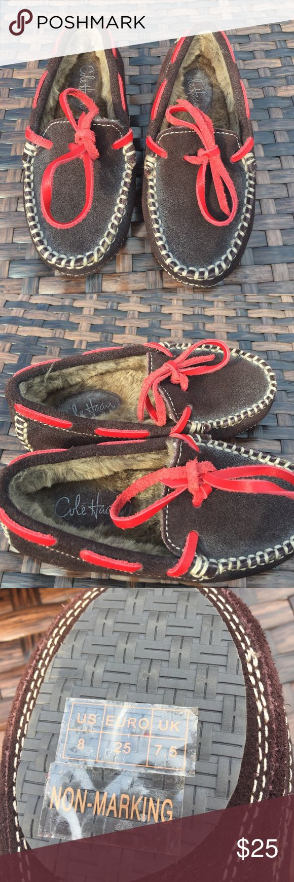 NWOT Cole Hann Moccasins / Slippers 8 NWOT Cole Hann Moccasins Slippers,size 8, fur-lined, tied with the red leather bow, they could be worn by a girl or a boy but I would lean more towards a boy. These were never worn. Cole Haan Shoes Moccasins
