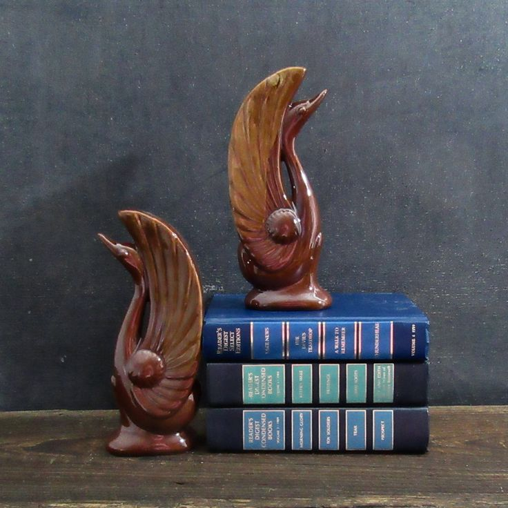 Mid Century Ceramic Swan Bookend Pair, Midcentury Modern Swan Bookends, Ceramic Swan Figurines