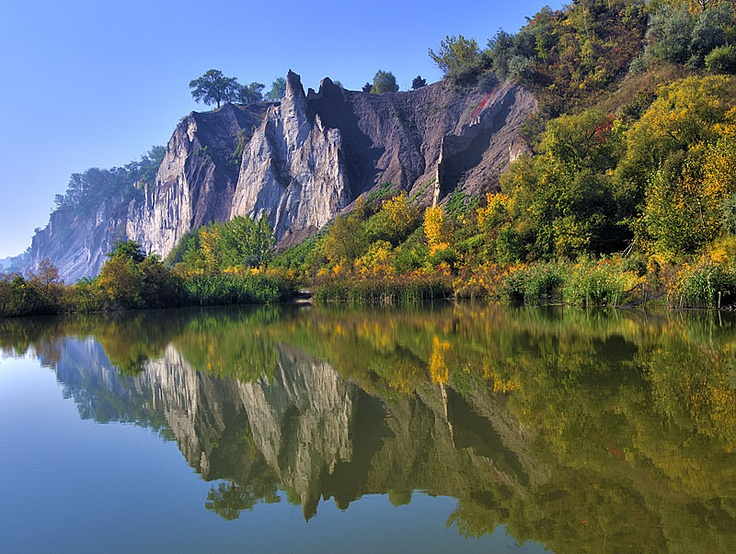8. This is a beautiful picture of Scarborough Bluffs. Scarborough is the place my family settled into when I was born and continue to live.