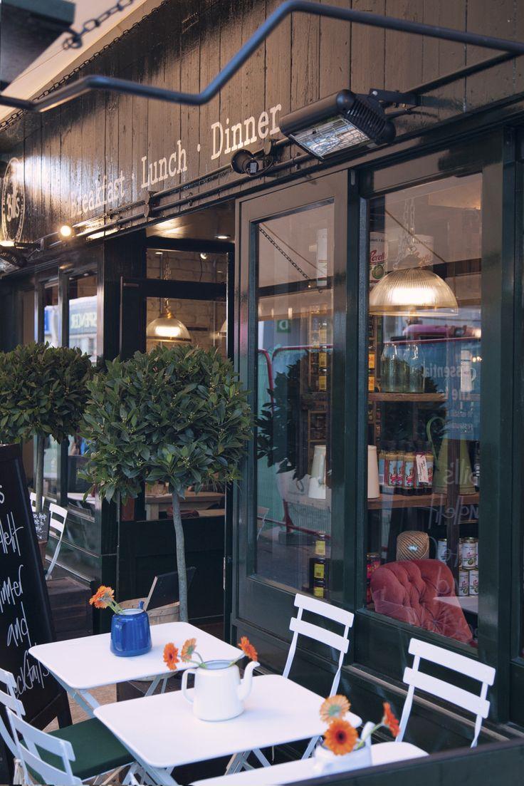 the front door #welcome #Billsrestaurant