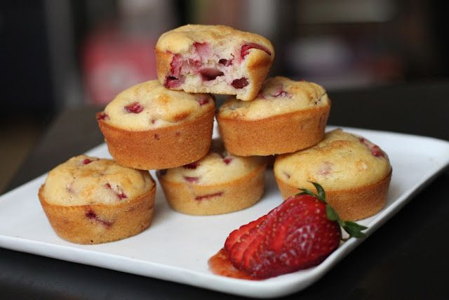 Strawberry-Olive Oil Muffins | Sciabica Olive Oil Challenge | Pintere ...