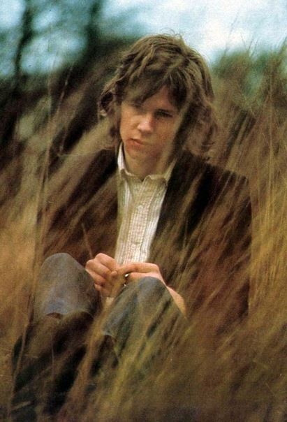 Nick Drake ~ from 5 leaves left to BL to pink moon... What a tremendous voice. RIP, Nicky.
