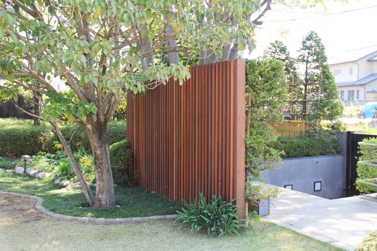 目隠しスリットフェンス / ナチュラルガーデン / ガーデンデザイン / 外構 Fence / Garden Design