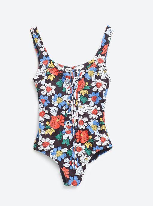Un maillot de bain flower power