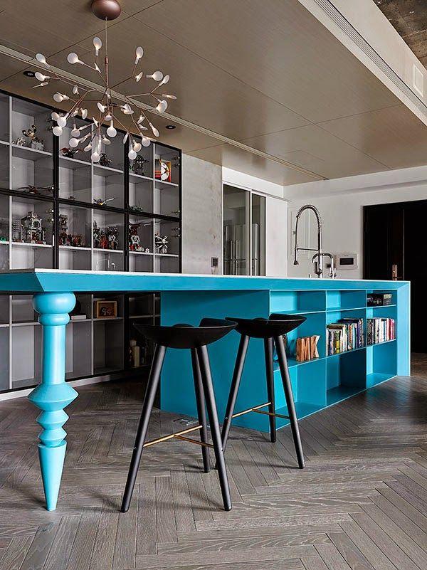 Un piso perfecto decorado en azul y blanco (con el techo de hormigón visto) · A perfect home in blue