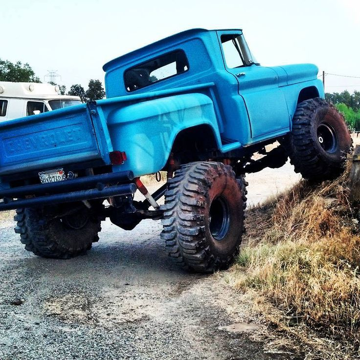 Chevy Truck Lifted Mudding