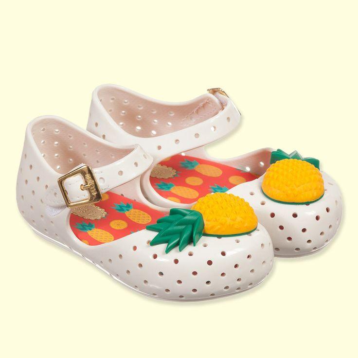 Mini Melissa White Pineapple 'Furadinha' Jelly Shoes