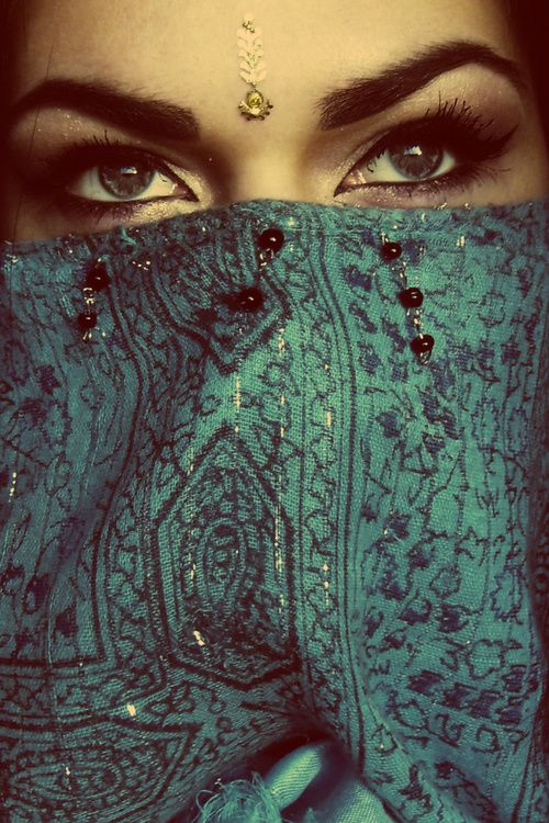 """middleeasternian: """"• Arabian Beauty """""""