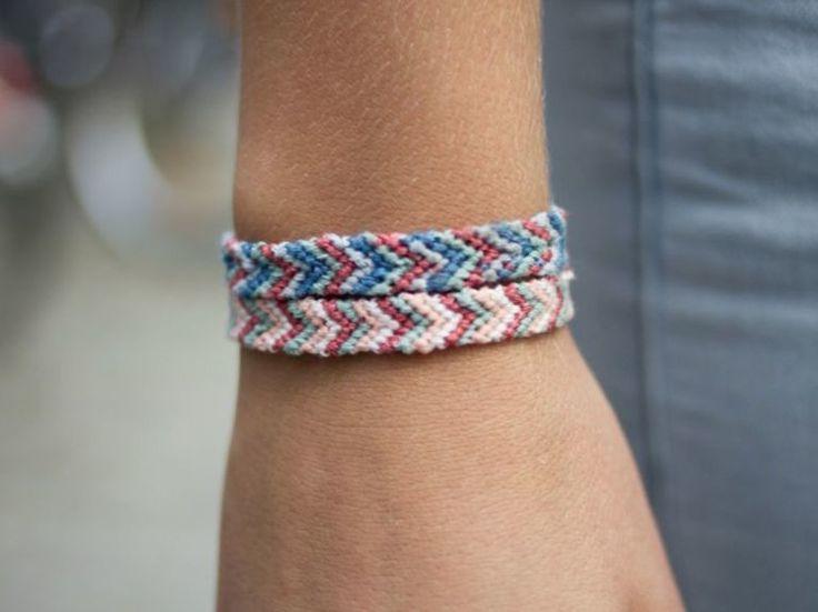 Tutorial fai da te: Come fare un braccialetto dell'amicizia a spina di pesce via DaWanda.com