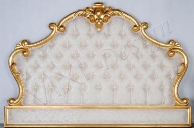 Beautiful deep-buttoned French/Victorian headboard! Love it