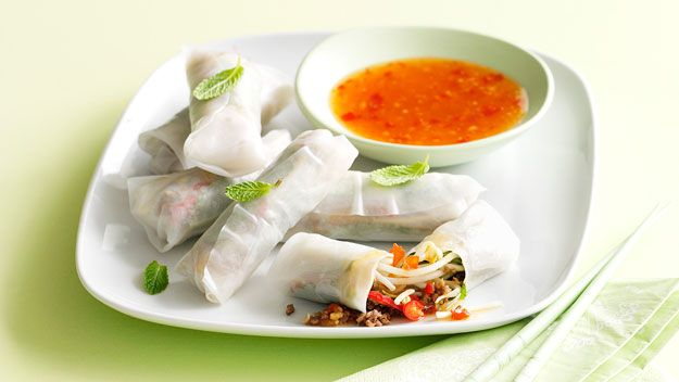 Lemon grass and beef rice paper rolls :: Australian Women's Weekly Mobile
