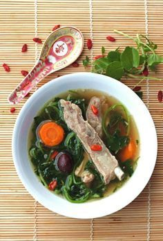 Watercress, Goji Berry & Pork Rib Soup - Malaysian Cuisine