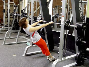Leaning Pull-ups (Rows) on Smith Machine: A great way to work your back! | via @SparkPeople #fitness #exercise