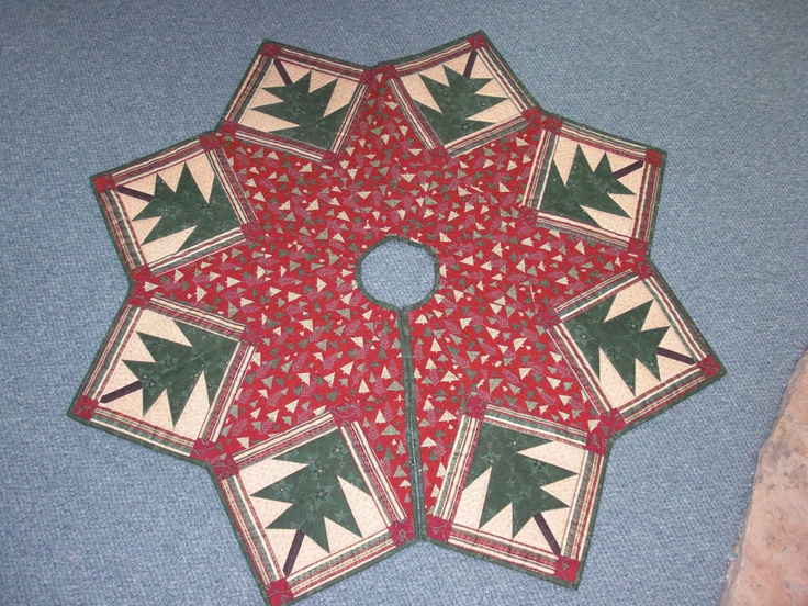 Paper- Pieced Christmas Tree skirt. It was pretty easy to make!