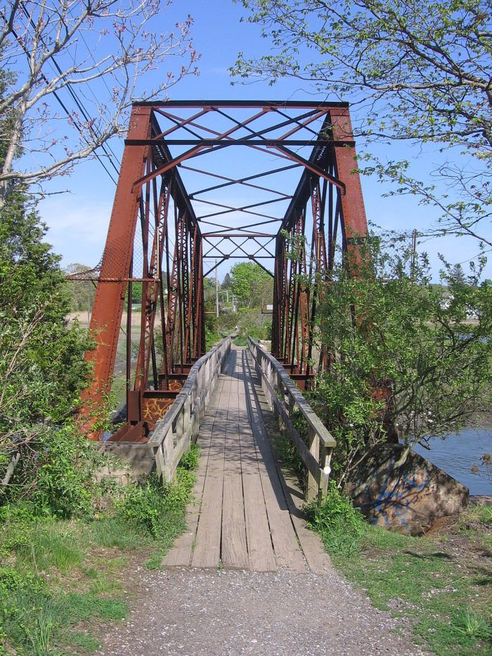 These 11 Trails In Connecticut Will Lead You To Unforgettable Places. Pictured: Branford Trolley Trail.