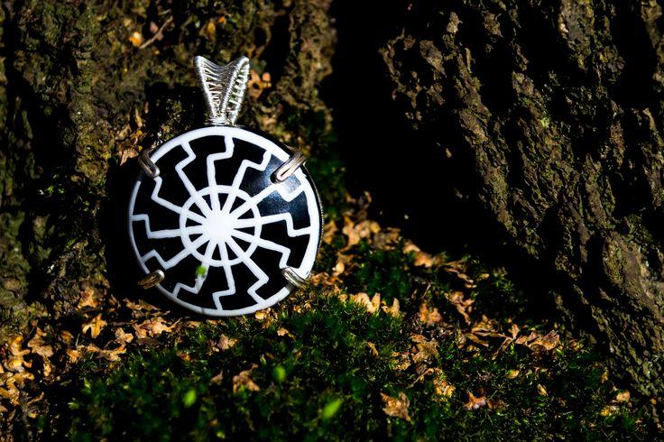 Wire wrap black sun, wood, nail polish, silver. Ludmilla Ars  #polandhandmade #jewellery
