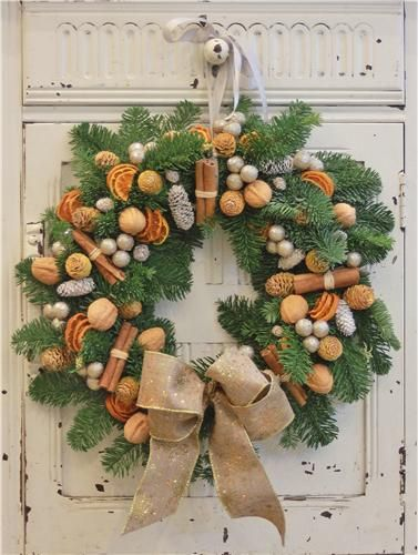 Welcoming guests into our homes! What a welcome...Gingerbread fresh door wreath!