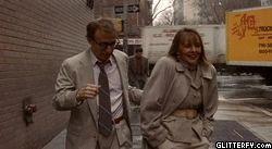 """Tajemnica morderstwa na Manhattanie""- Woody Allen, Diane Keaton - 1993.  glitterfy-flpbk309310333918141.gif (250×137)"