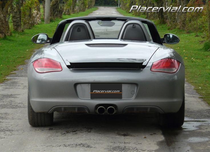 Es un Porsche, se ve como un Porsche y nadie se resiste a mirarlo - http://www.placervial.com/carros-nuevos-colombia/200-porsche-boxter-s-en-placervialcom #porscheboxster #porsche #carroscolombia