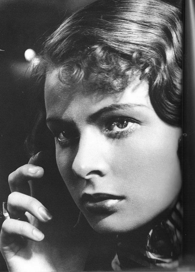 Ингрид Бергман в фильме Dollar 1938: 9 тыс изображений найдено в Яндекс.Картинках