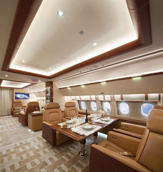 Airbus A380 Interior Private: MY LUXURY NOTEBOOK: Airbus A319 Acropolis Aviation By