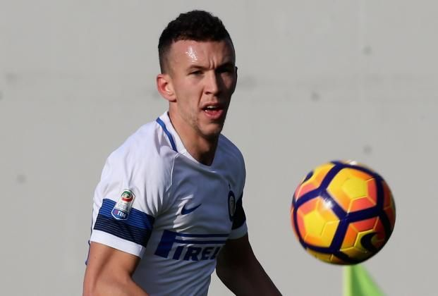 #rumors  Manchester United FC news: Jose Mourinho closes in on £35million deal for Inter Milan star Ivan Perisic