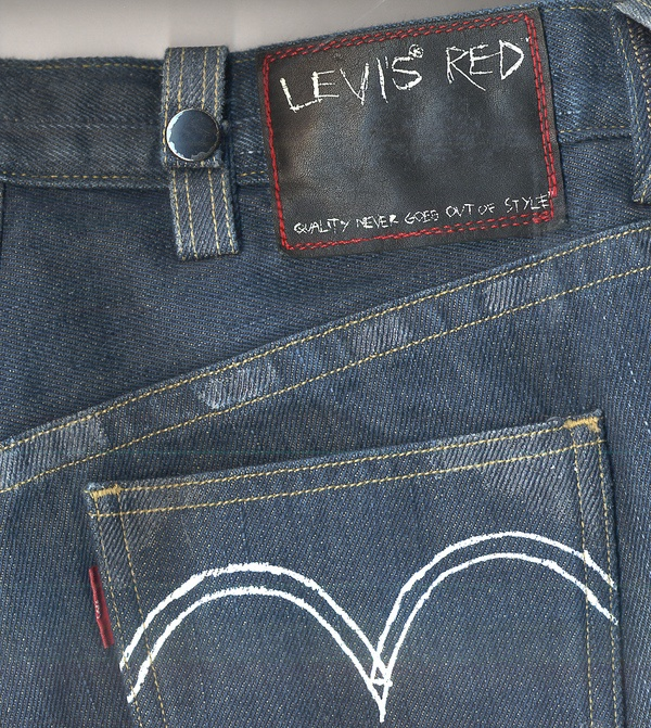 Levi's Red by 4th Avenue Graphics , via Behance
