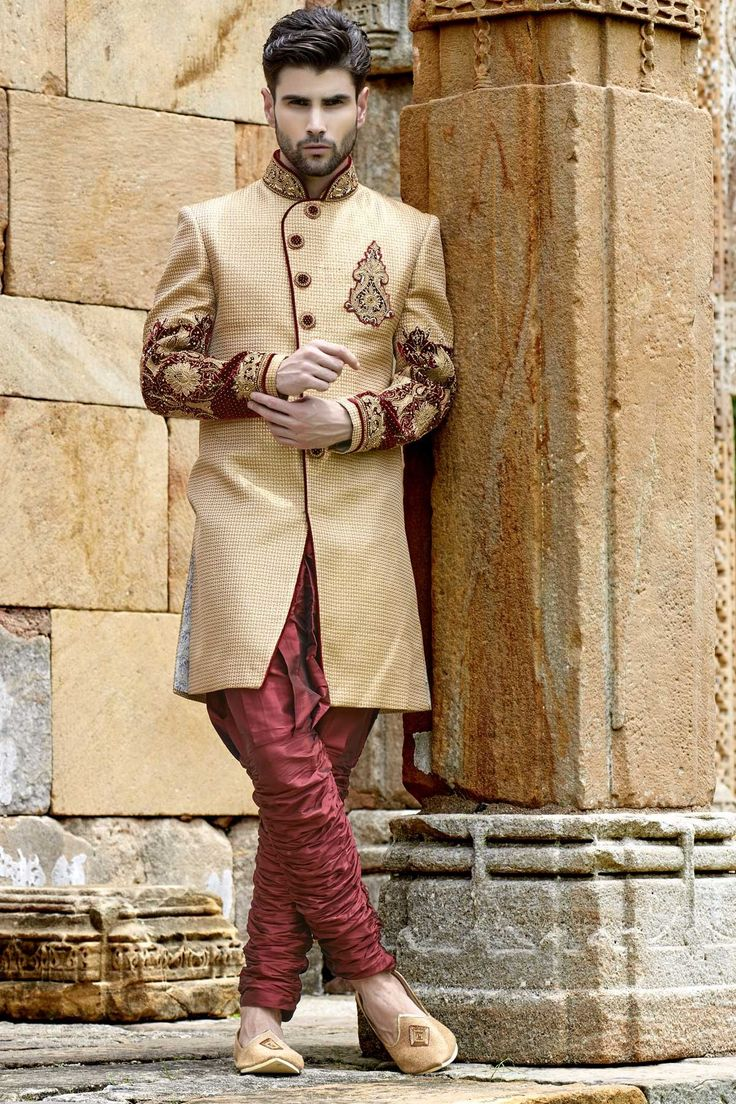 #Gold & #maroon banarasi brocade silk good-looking jodhpuri bandh gala #sherwani with full sleeves -IW258