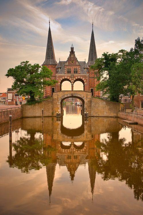 De Sneeker Waterpoort in Sneek, Friesland - Netherlands