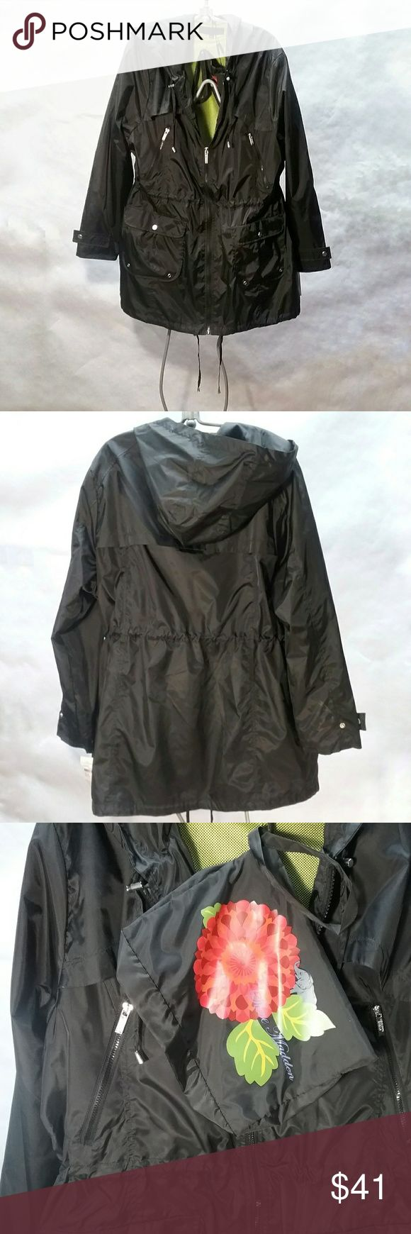 """Hooded Steve Madden Travel Anorak Black 2x Roll it up and store it in its own storage pouch. Perfect for hiking, camping, or any travels. New with tags.  Fully lined on the body with lime green mesh.  Vent flap on back. Very nicely done.   Please take your own measurements to insure fit.   Approx inches: Front zipper 29"""" Across chest 24"""" from underarm to underarm Shoulder to sleeve edge 25"""" Around bottom hem 48"""" Steve Madden Jackets & Coats"""
