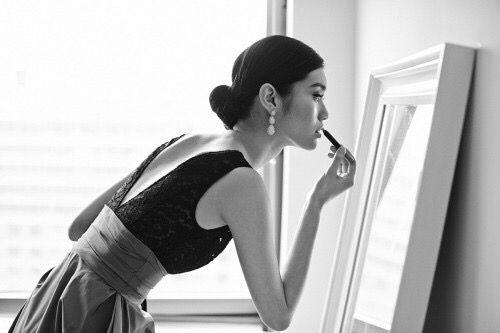 Purtroppo, lo specchio non asseconda i nostri desideri. Francesco Iannì
