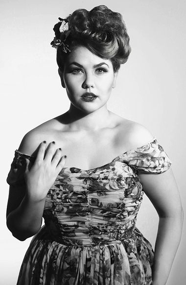 Old Hollywood vintage glamour photography | 1940s style | vintage clothing | Rococoland Studios