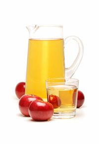Für eine Karaffe voller Apfelsaft genügt schon eine kleine Menge von unserem Saftkonzentrat. Wer es nicht glaubt, probiert es am besten einfach selbst aus.