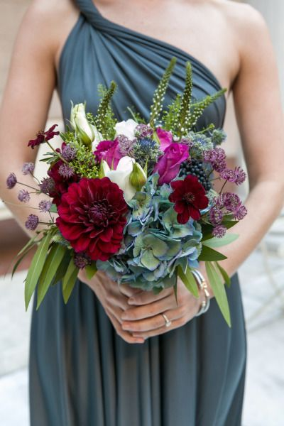 Beautiful fall colors for this bridesmaid…