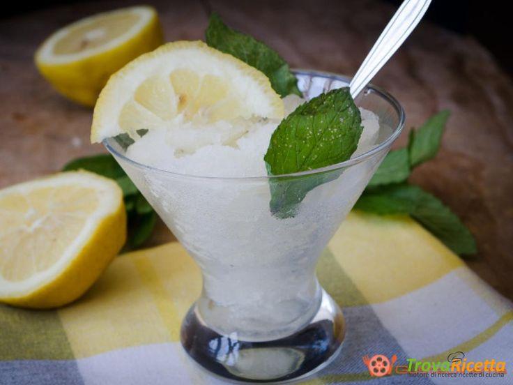 Granita al limone senza gelatiera #ricette #food #recipes