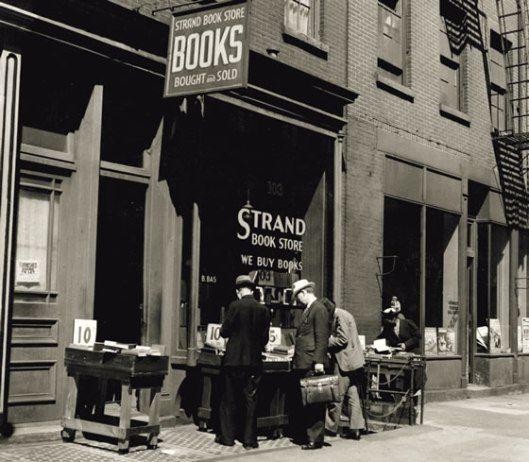 Bookstoresthestrand1938