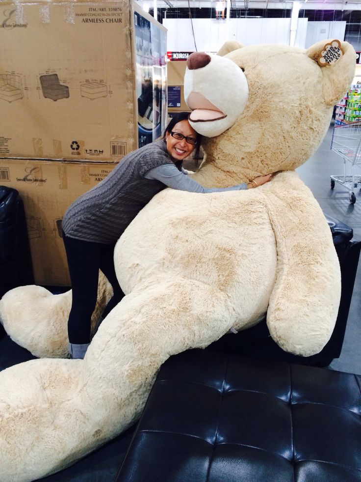 Giant teddy bear!!