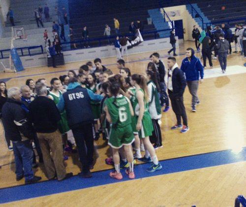 Fyli Sportnews: Τα «χρυσά» κορίτσια της ομάδας μπάσκετ του 2ου Λυκ...