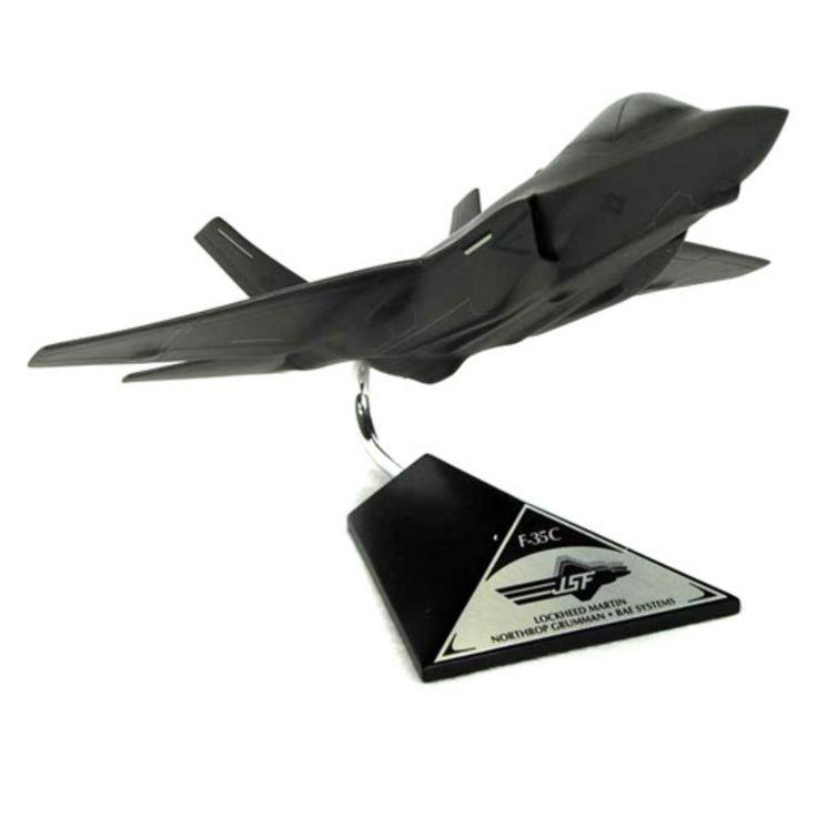Daron Worldwide F-35C JSF/CV USN Model Airplane - CF035C2TR