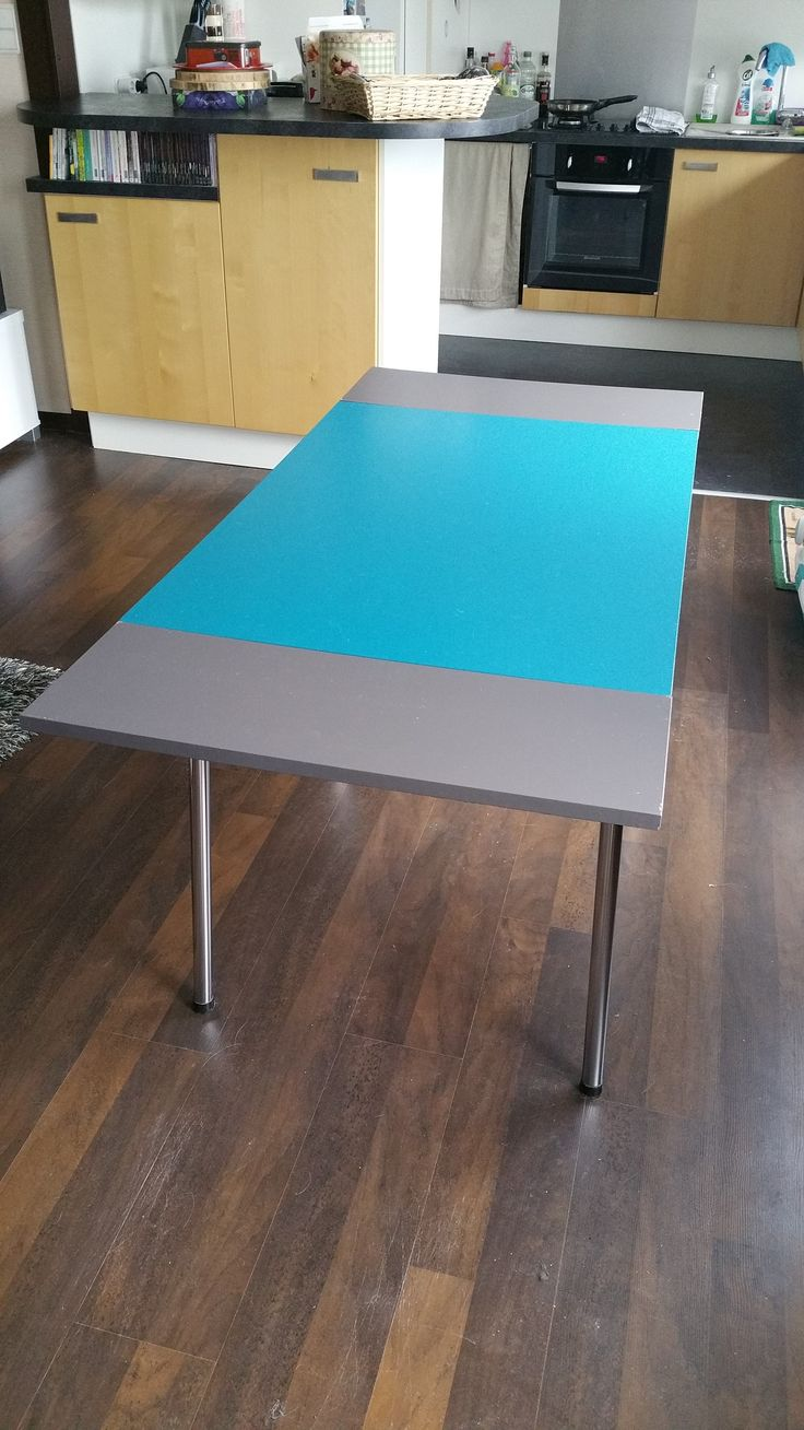 """Table Formica """"Betty"""" - Cathy Herdier"""