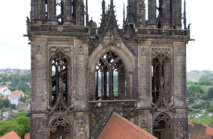 Medieval Gothic Architecture The 13th Century Cathedral