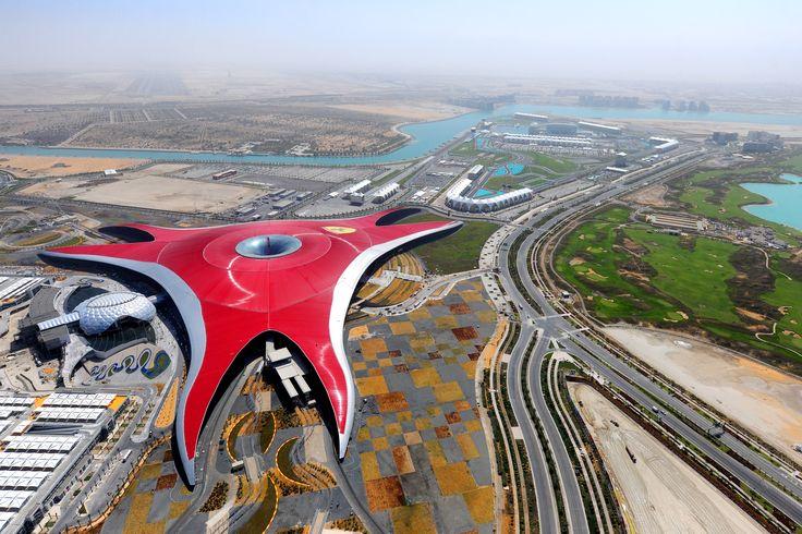 Ferrari_World_Abu_Dhabi.jpg (3000×2000)