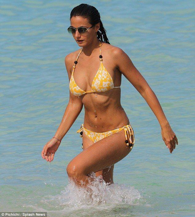 Kara diaguardi Bikini Bilder