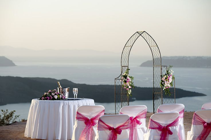 Set the date and live the #wedding of your dreams at Princess Irianna Exclusive.. #honeymoon #Santorini_wedding