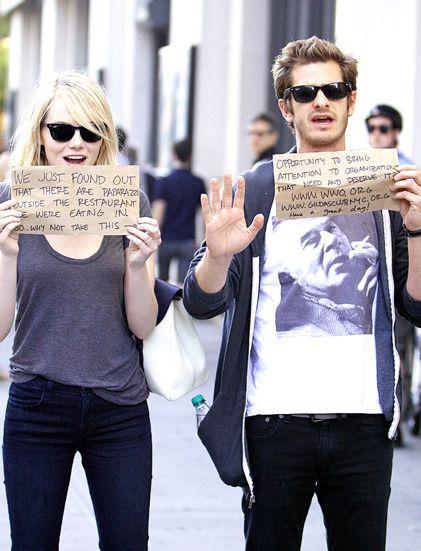 The amazing couple : Emma Stone et Andrew Garfield profitent des paparazzis pour défendre de bonnes causes