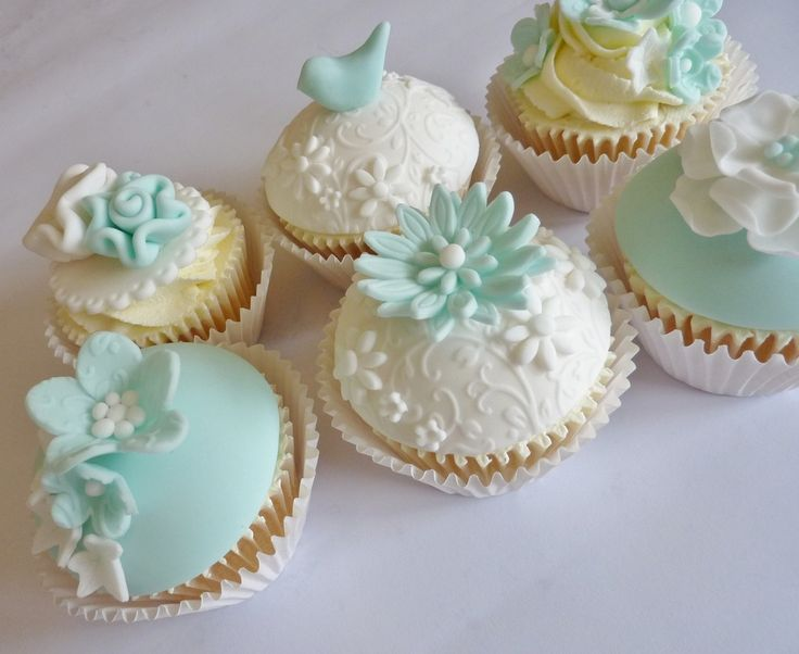 79 best Cake mix cupcakes images on Pinterest | Petit fours, Conch ...