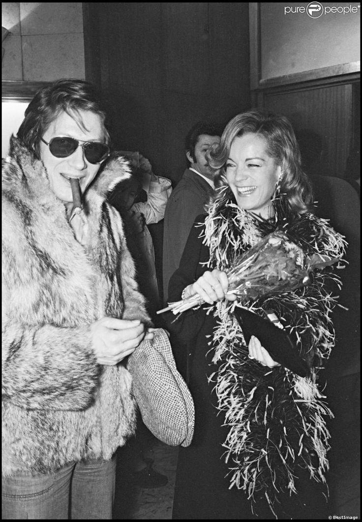 Romy Schneider et Jacques Dutronc lors de la présentation du film L'Important c'est d'aimer à Paris en 1975