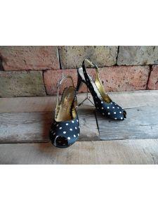 Női alkalmi cipők - Divatos és elegáns menyasszonyi ruhák, esküvői ruhák