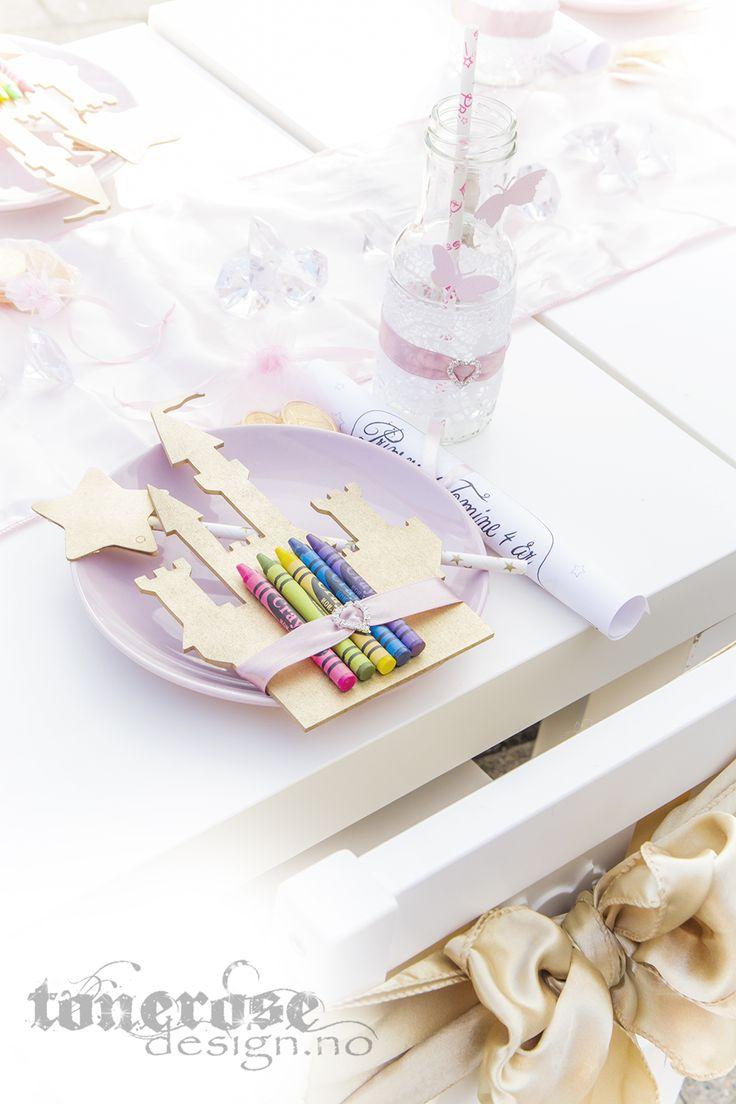 DIY table setting princess party crayons